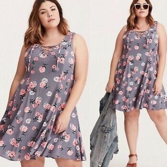 torrid Dresses & Skirts - Torrid Floral Print Lace Up Trapeze Dress